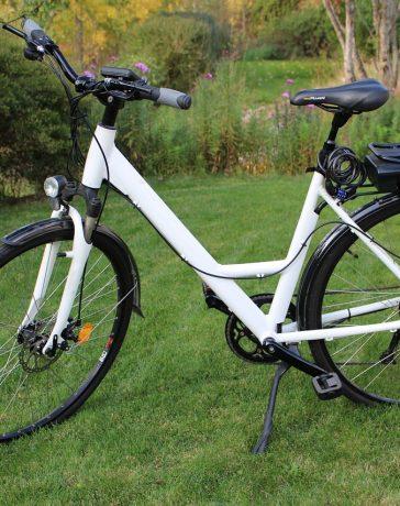elektrische fiets buiten