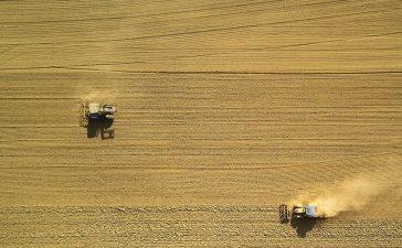 Aan de tractor sleutelen